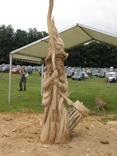 2 day chainsaw carving wizard