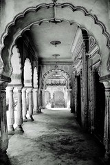 Arch-itecture :) (Madhu Gopalan) Tags: arch arches hyderabad carvings paigahtombs krishlikesit jaaliwork anoblefamilyofhyderabad titlebyashwin