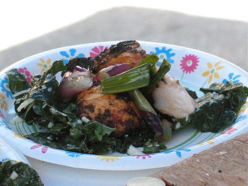 Chicken, grilled veggies & kale salad