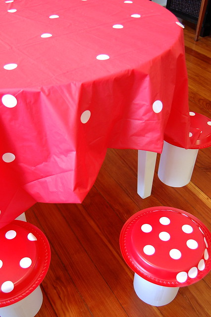 toad stool table