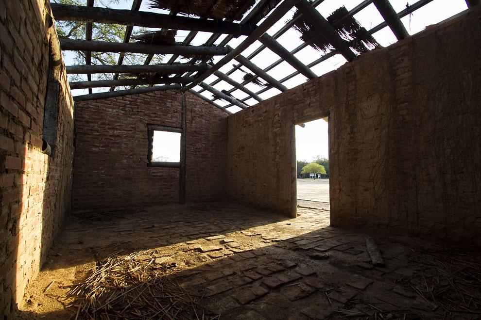 Una vieja construcción utilizada en el Fortín Boquerón para la Comandacia en épocas de la Guerra del Chaco. (Tetsu Espósito - Fortín Boquerón, Chaco, Paraguay)