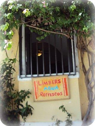 Ventana en Viejo San Juan