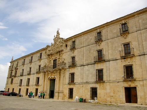 90.Monasterio