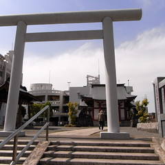 The Komatsugawa Shrine 02