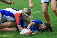 Frauen Rugby (Robi33) Tags: sport ball schweiz team action rugby basel konstanz rennen derby turnier ei spiel schiedsrichter rasen faul matsch kampf schneller meisterschaft zuschauer verfolgung ballsport baselbirds