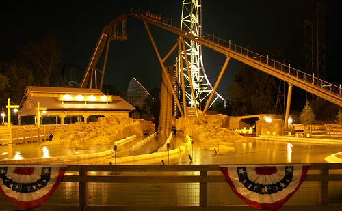 Cedar Point - Shoot the Rapids at Night