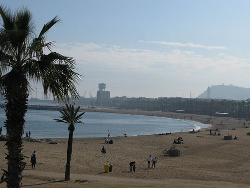 barcelona beach 001