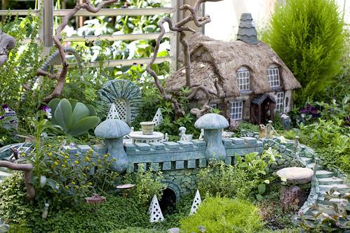 Heavenly Scent Herb Farm: Faerie Garden