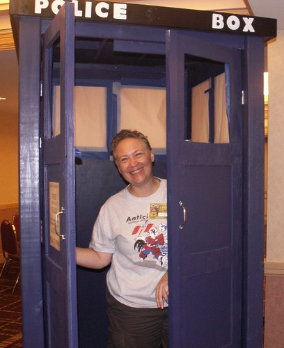 Ancient City Con IV, Elissa Malcohn in Dr. Who Booth