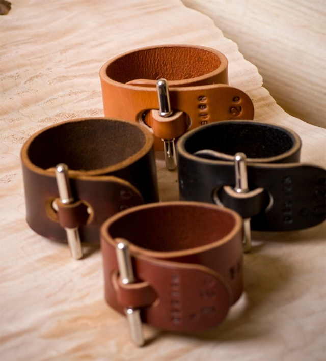 Palmer & Sons Leather Cuffs No 12c 04