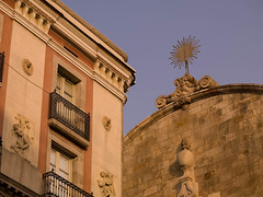 SB700010.jpg (Keith Levit) Tags: barcelona windows detail building window statue architecture buildings photography spain europe exterior balcony fineart statues facades spanish figurines figure balconies figures effigy architectual detailed rambla detailing exteriors sculputre stonebuilding effigies levit sculputures faade keithlevit keithlevitphotography