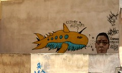 esistere e ribadire (Kispio) Tags: sardegna italy streetart graffiti italia sardinia cagliari viso balena casteddu resistere crisa concetti esistere viaiglesias sardegnagraffiti cagliarigraffiti cagliarigraffitibalenescarafaggiocchiealtridistilesimil ribadisce ribadisceconcetti esistereoresistere artorstreet kispio castedducity