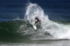 Bang! (Daniel Moreira) Tags: ocean sea portugal canon mar surf von wave nike backside 60 oceano rupp onda peniche nicolau supertubos 50d