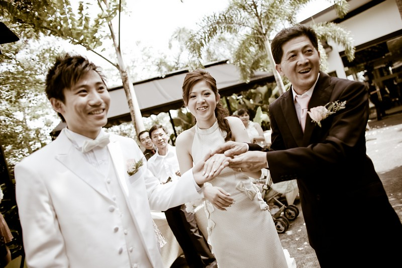 Raymond Phang Photography - bride march in with daddy