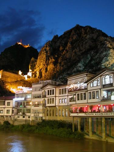 DSCN9745 Amasya, la nuit