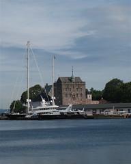 Norway, Bergen (wonky knee) Tags: norway coast norge yacht bergen hordaland kyst hakonshall northlander lystbåt marinetrafficcom superyachtscom superyachttimescom yachtsatthenorwegiancoast mmsi319078000 imo1010313 callsignzgae