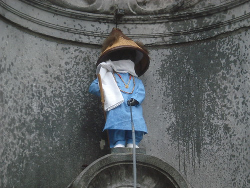 Mannekin Pis as a Peul farmer in Brussels 2