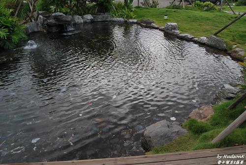 冷泉戲水池