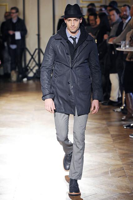 Maximiliano Patane3035_FW10_Paris_Junya Watanabe(VOGUEcom)