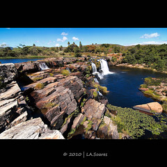 Cachoeira Grande (La.soares) Tags: brazil minasgerais brasil canon landscape rebel waterfall cachoeira serradocip gmt uwa ultrawideangle xti abigfave tokina1116mm atx116prodx
