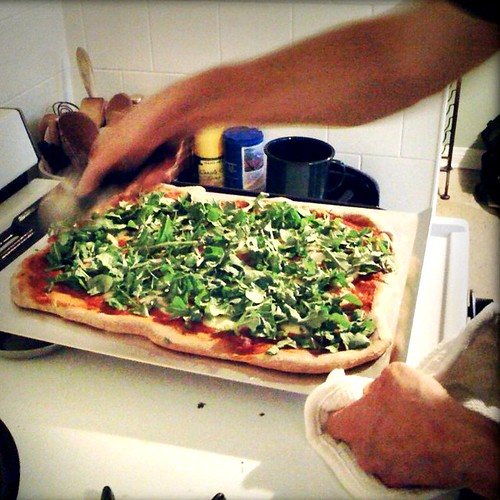 Food: Buratta & Arugula Pizza Pie!