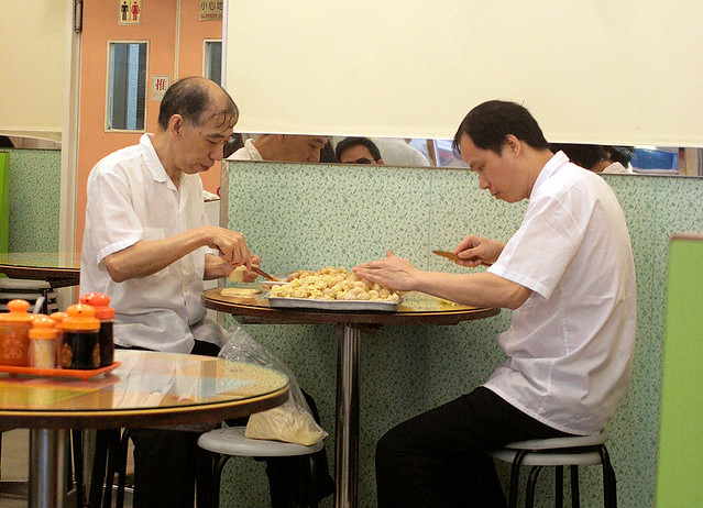These guys are super adept at making wantans - just 2 seconds per wantan!