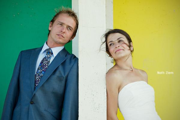 couple_plage_vert&jaune