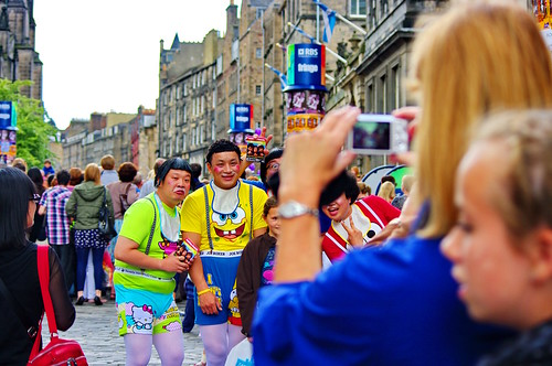 Edinburgh, Edimbourg, Scotland, The Fringe dans High street 8