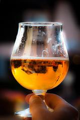 Une bonne Binouze (LaurentBrancaleoni) Tags: reflection beer reflections myfavorites reflexions reflexion bire verre bierre verredebire