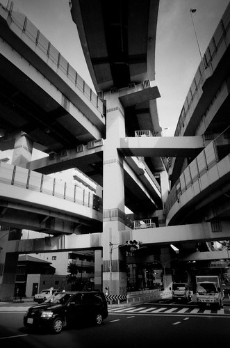 Metropolitan Expressway 04