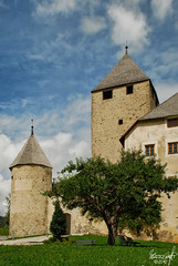 Schloss Thurn an der Gader (Lord Markus) Tags: italy mountains alps castle art st museum montagne nikon san italia martin medieval val tor schloss alpi castello martino badia castel ladin d60 thurn gader gadertal