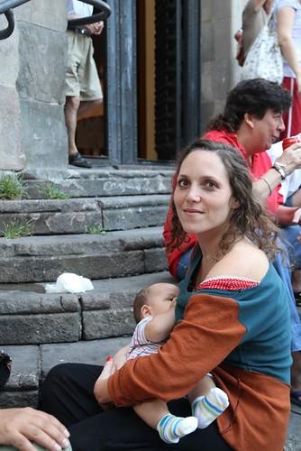 10h14 Gracia017 Madre con niño