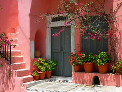 Pink house (Marite2007) Tags: beautiful architecture stairs facade islands pretty village steps decoration hellas greece pots ornament lovely cyclades naxos abigfave pinkcolorful leuropepittoresque