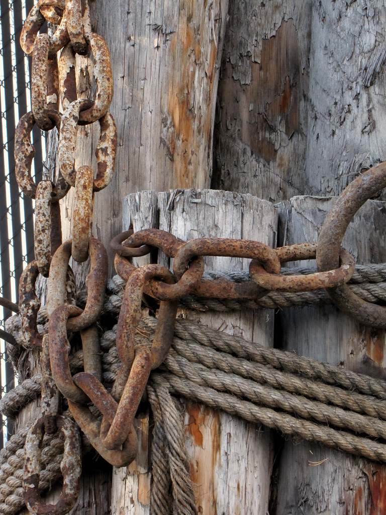 Piles with ropes and chain