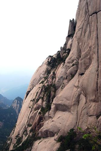 l103 - Cliff of Lotus Stamens Peak