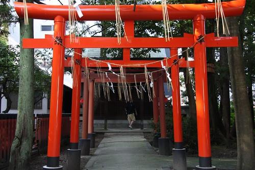 稲荷神社 朱の鳥居