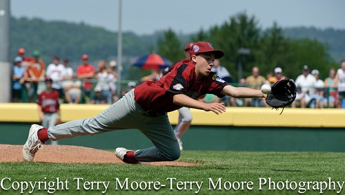 LLWS Day 1 photos-3