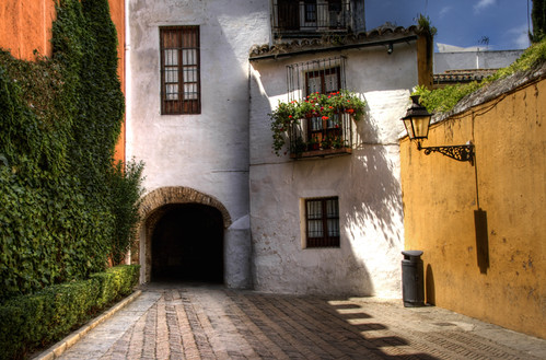 Judería Street tunnel. Seville. Tunel de la calle Judería. Sevilla