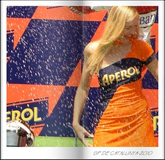 DSC01935-When it rains it rains (Miha-Ella) Tags: sony dschx1 montmelo catalunya2010 girl hottie circuit barcelona bike motogp moto2 centerfold aperol
