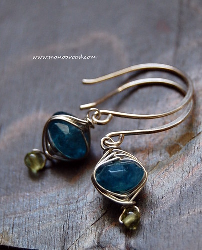 Harmony Earrings in Blue Quartz & Peridot by manoaroad