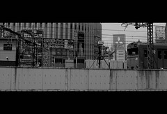(It's Stefan) Tags: blackandwhite bw blancoynegro monochrome japan japanese traffic noiretblanc 日本 osaka kansai japon giappone biancoenero japón 黑与白 黑與白 siyahvebeyaz schwazweis 黒と白 ©stefanhöchst