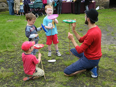 Plate spinning at Lammas Festival