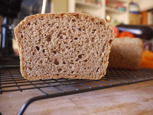 fluffy spelt bread