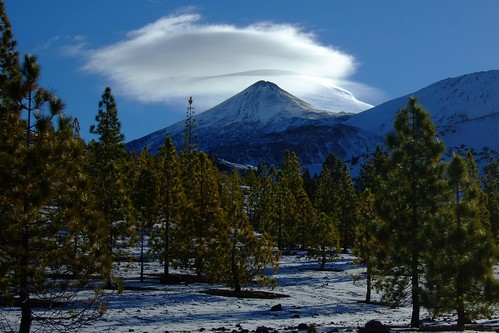 Teide has a hat