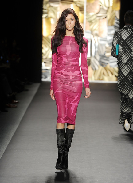 http://richgirllowlife.blogspot.com/  tracy reese fall 2010