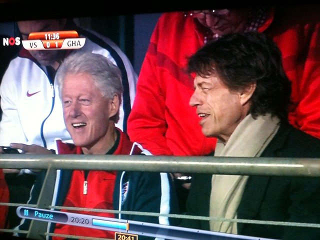 Thumb Mick Jagger sitting next to Bill Clinton at the stadium in South Africa World Cup