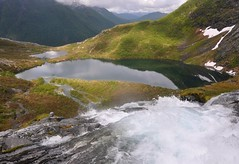 Regndalsvatnet seen from the waterfall (ystenes) Tags: mountain lake mountains nature norway landscape norge waterfall natur norwegen norwegian fjord 1001nights foss landschaft fjords fjell norvege vestlandet sunnmre vatn mreogromsdal magiccity sykkylven sunnmrsalpene sunnmrsalpane velledalen regndalen sykylven sykkelven regndalsvatnet sykkulven mygearandmepremium mygearandmebronze rememberthatmomentlevel1