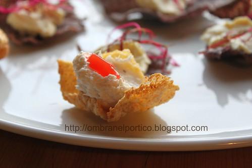 Nuvole di mais, baccalá mantecato e gelatina di pomodoro