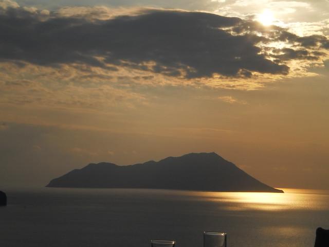 Αντίμηλος-ηλιοβασίλεμα