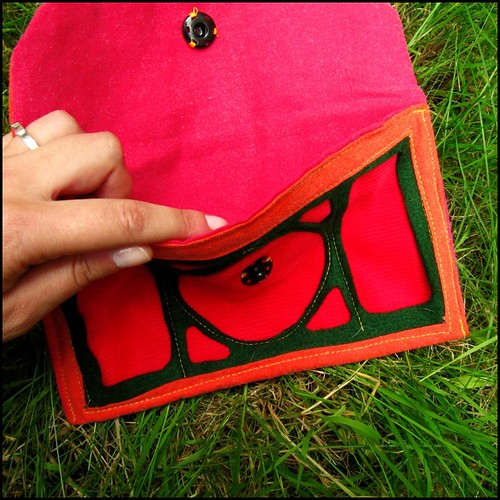 Art Nouveau design clutch bag in red and green